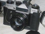 Советский фотоаппарат Зенит-ЕТ,  в отличном рабочем состоянии.